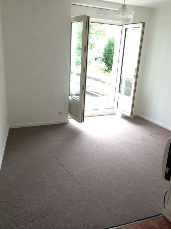 Rental apartment Taverny 446€ CC - Picture 2