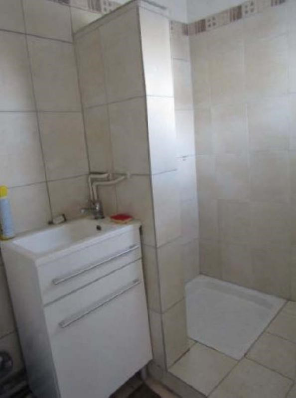 Investment property house / villa Pontoise 128000€ - Picture 3