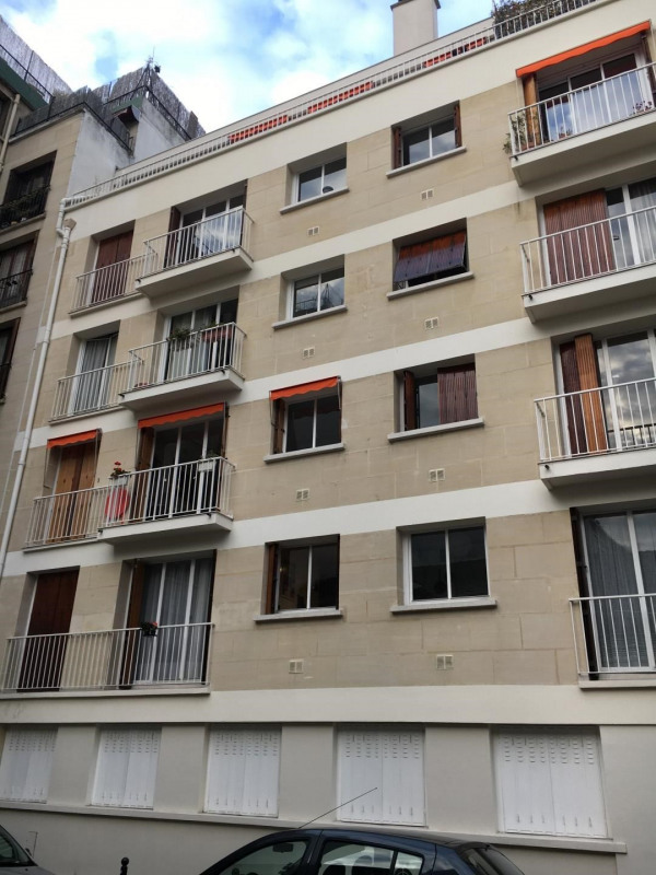 Sale apartment Paris 15ème 695 000€ - Picture 1