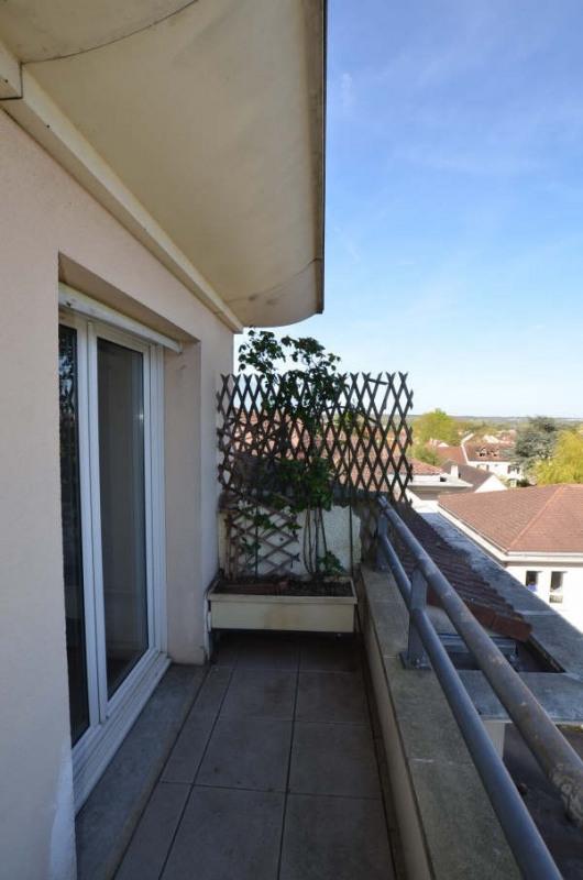 Locação apartamento Fontenay le fleury 1050€ CC - Fotografia 8