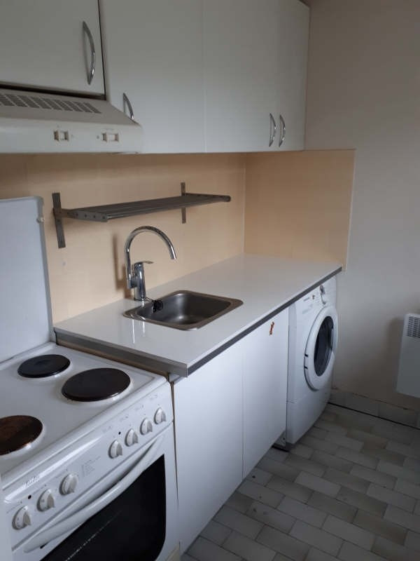 Rental apartment Asnieres sur seine 820€ CC - Picture 3