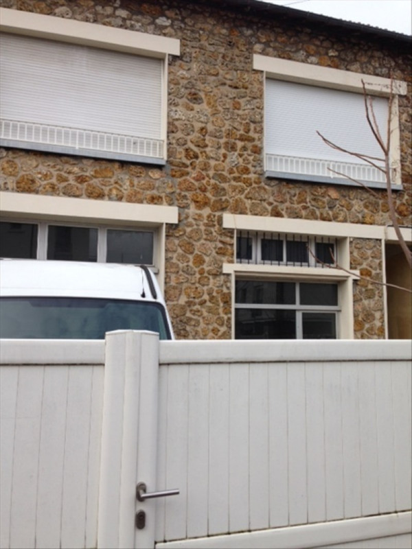 Sale building Nanterre 740000€ - Picture 2