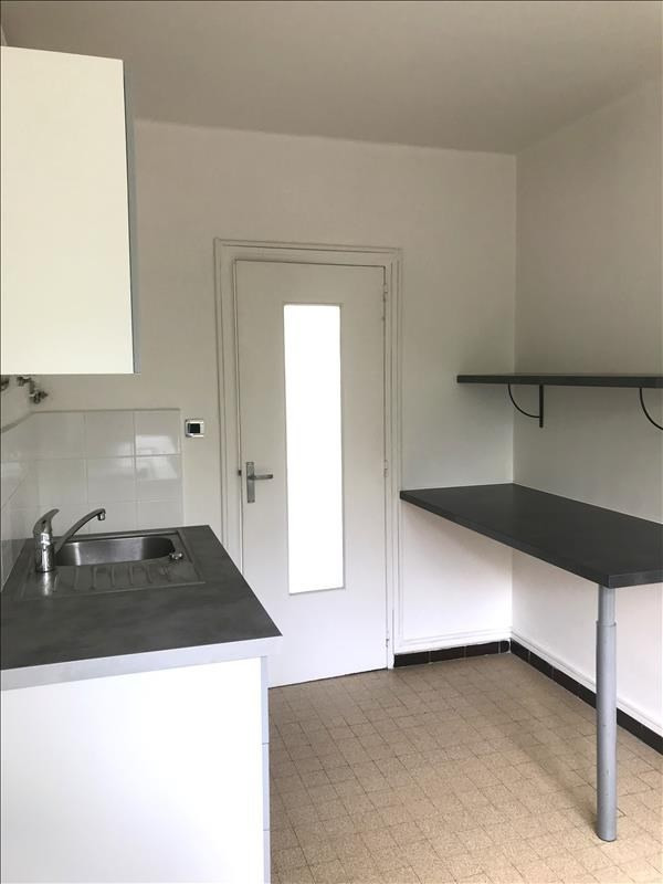 Location appartement Aix en provence 880€ CC - Photo 7