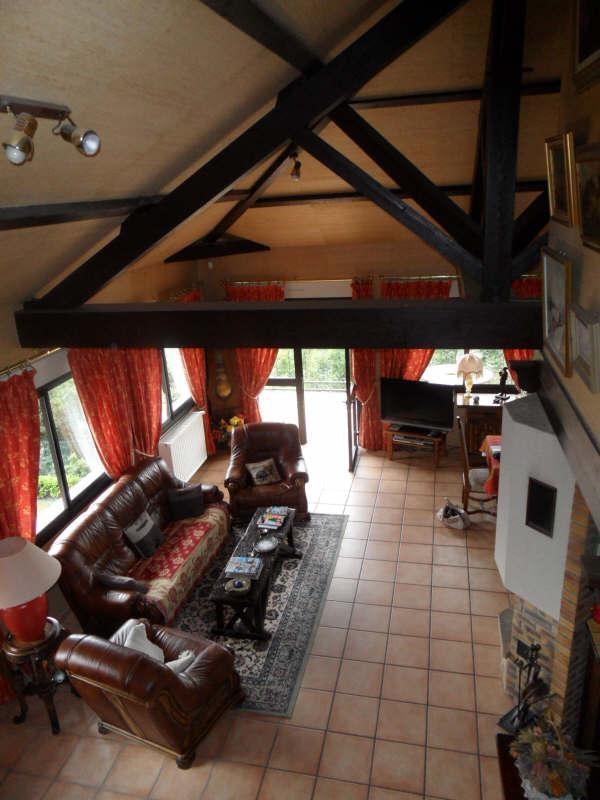 Sale house / villa Morestel 285000€ - Picture 6