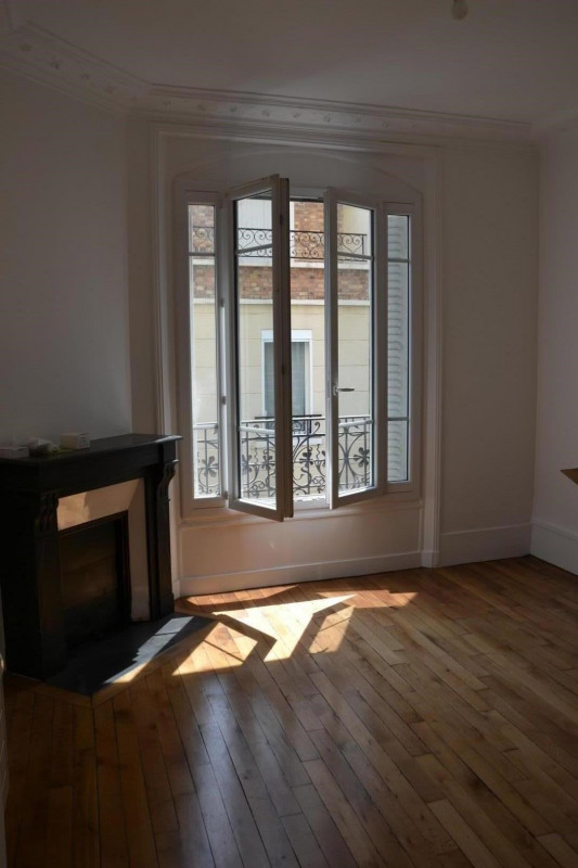 Location appartement Colombes 1310€ CC - Photo 3