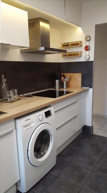 Sale apartment Aix en provence 237000€ - Picture 2