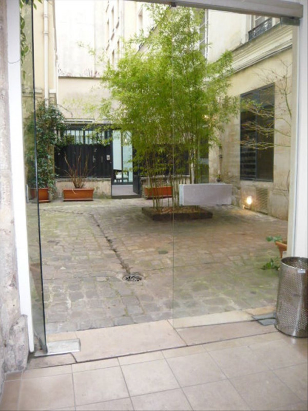 Rental apartment Paris 1er 1 720€ CC - Picture 2