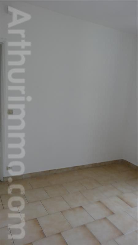 Sale apartment Lodeve 57000€ - Picture 4