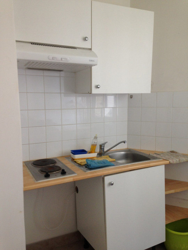Location appartement Paris 15ème 994€ CC - Photo 3