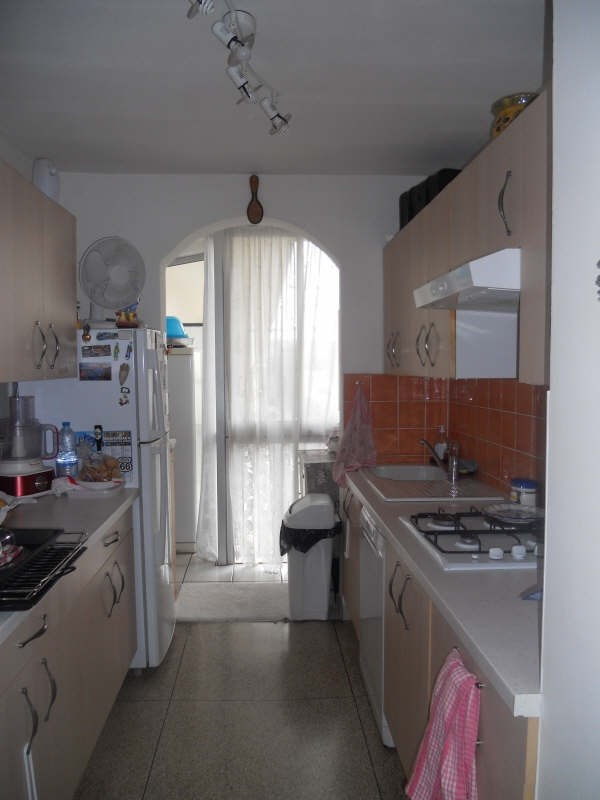 Sale apartment Marignane 145 000€ - Picture 2