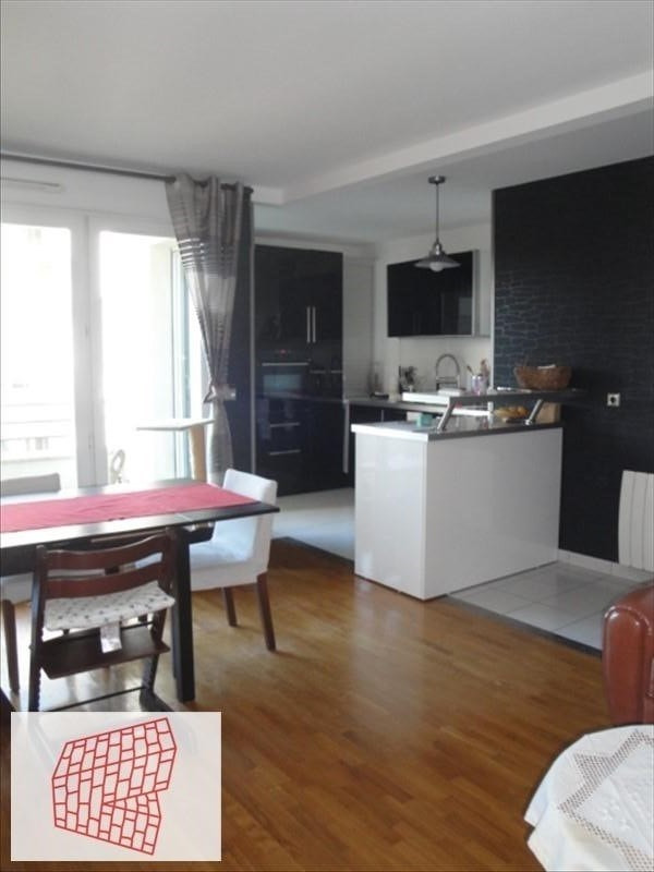 Sale apartment Colombes 410 000€ - Picture 1