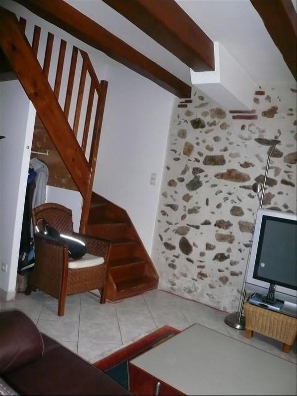 Rental apartment Saint genis des fontaines 699€cc - Picture 7