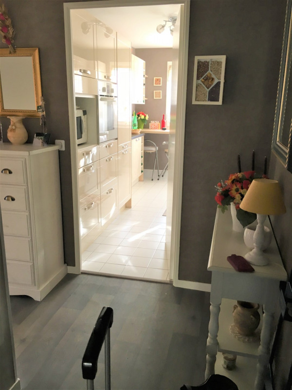 Location appartement Beauchamp 787€ CC - Photo 6