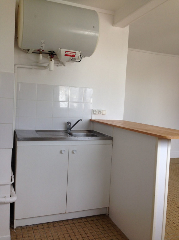Rental apartment Montreuil 732€ CC - Picture 1