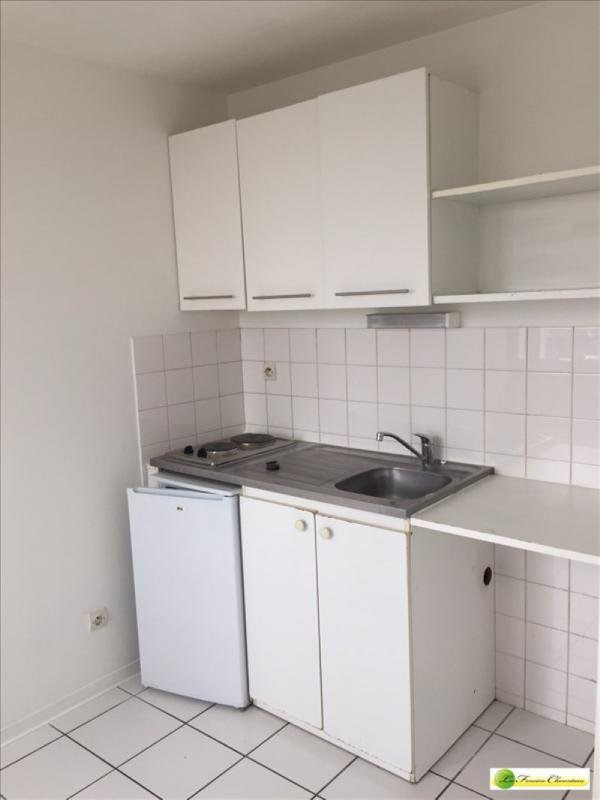 Rental apartment Angoulême 400€ CC - Picture 2