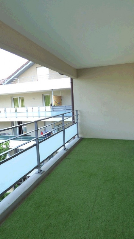 Rental apartment Ville la grand 1 122€ CC - Picture 9