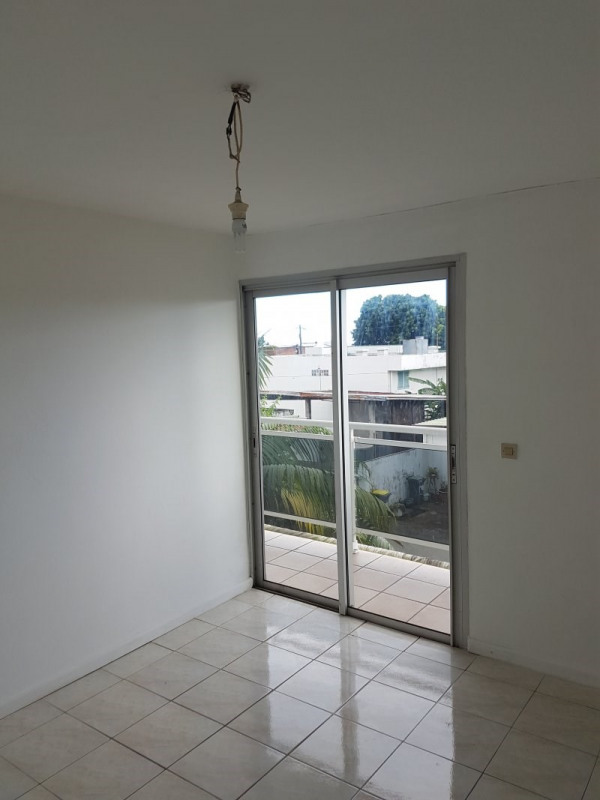 Location appartement Le tampon 495€ CC - Photo 5