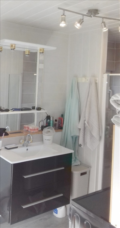Vente maison / villa Surgeres 152900€ - Photo 10