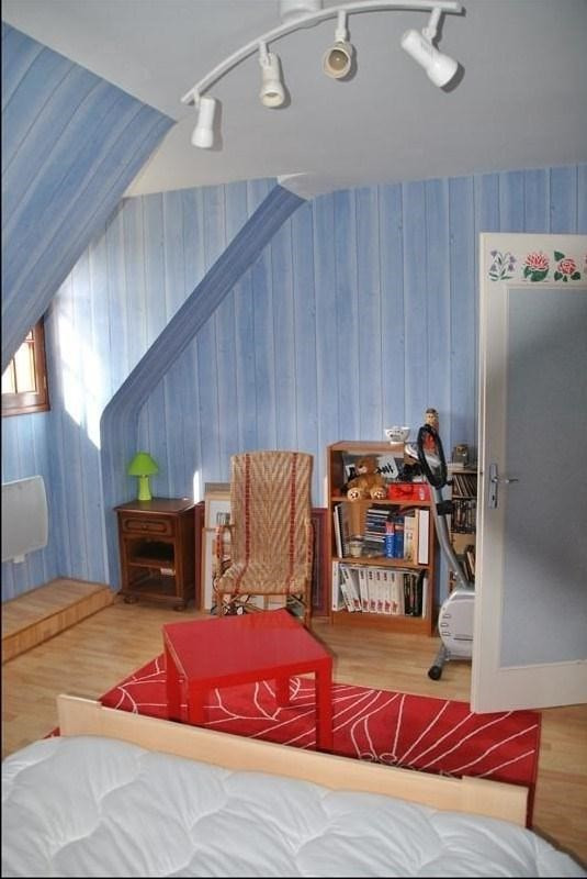 Sale house / villa Montereau 241680€ - Picture 4