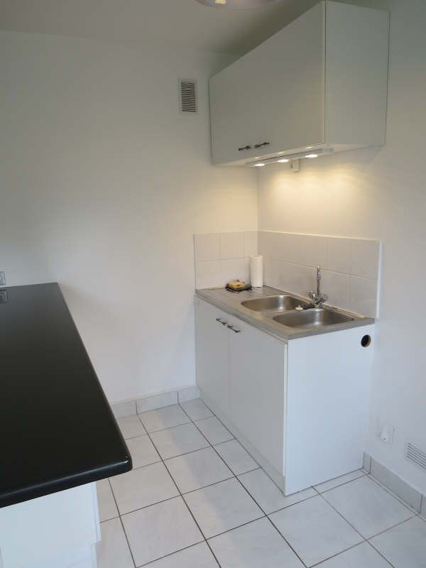 Rental apartment Maisons-laffitte 850€cc - Picture 3