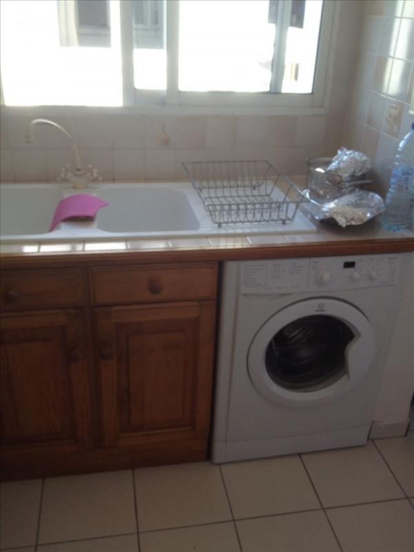 Rental apartment Ste anne 1150€ CC - Picture 5