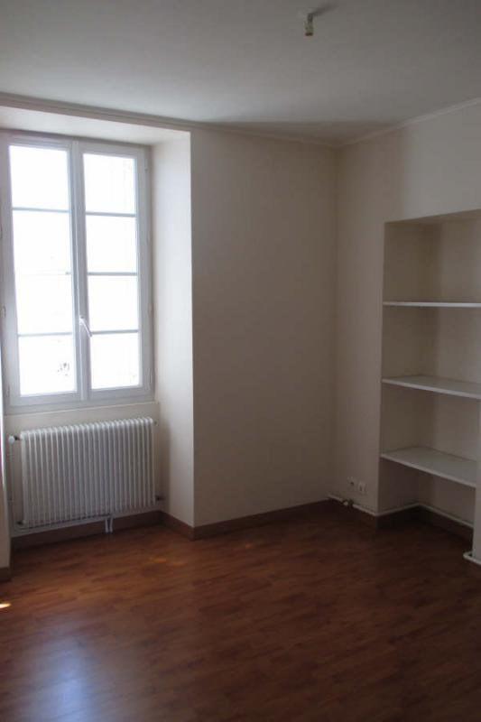 Location appartement Angoulême 564€ CC - Photo 9