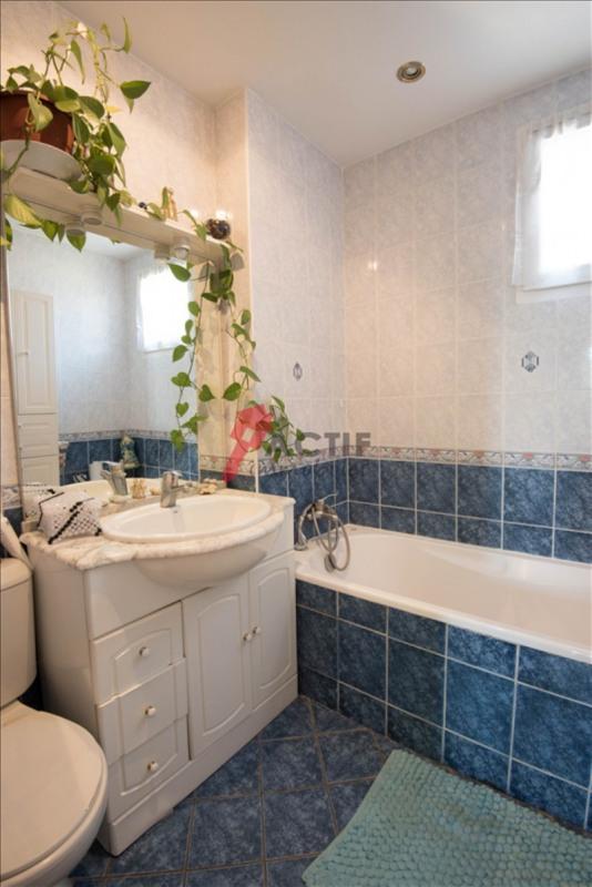 Sale house / villa Evry 215000€ - Picture 7