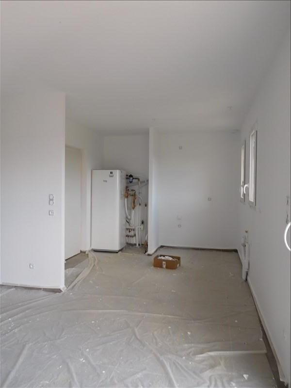 Rental house / villa St genes de fronsac 770€ CC - Picture 2