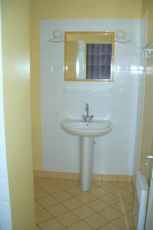 Location maison / villa Carentan 461€ CC - Photo 8