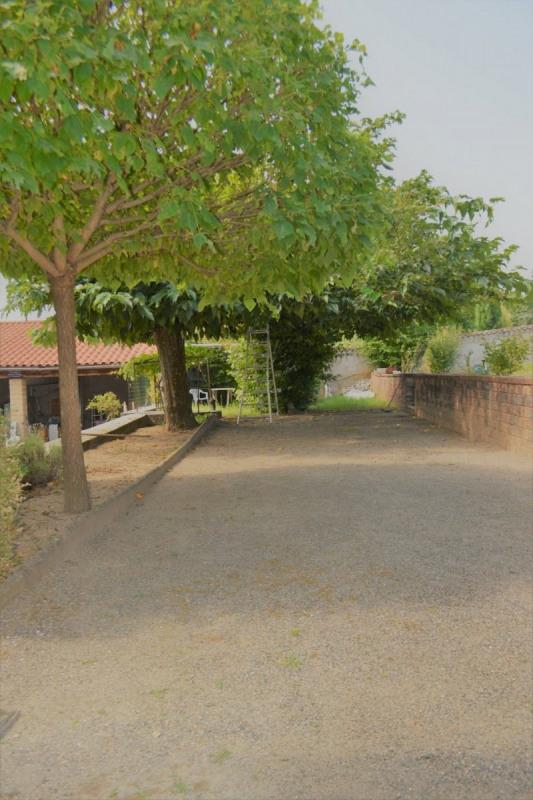 Sale house / villa Messimy 270000€ - Picture 2