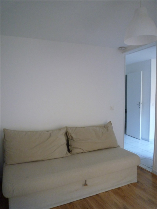 Location appartement Paris 20ème 669€ CC - Photo 3