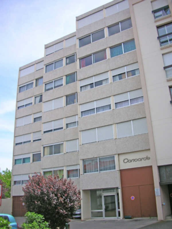Rental parking spaces Le puy en velay 25€ CC - Picture 1