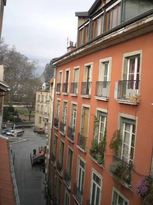 Rental apartment Grenoble 410€ CC - Picture 9