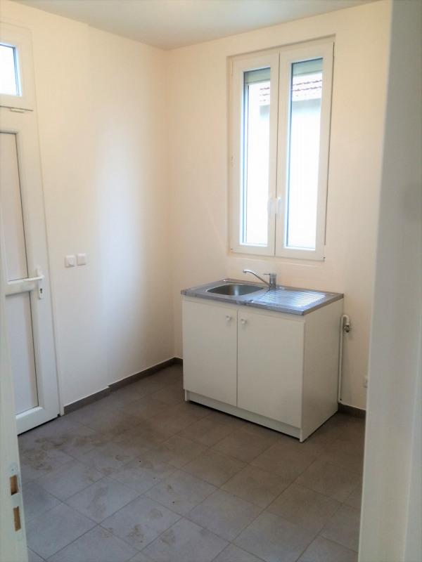Rental house / villa Montigny-lès-cormeilles 930€ CC - Picture 8