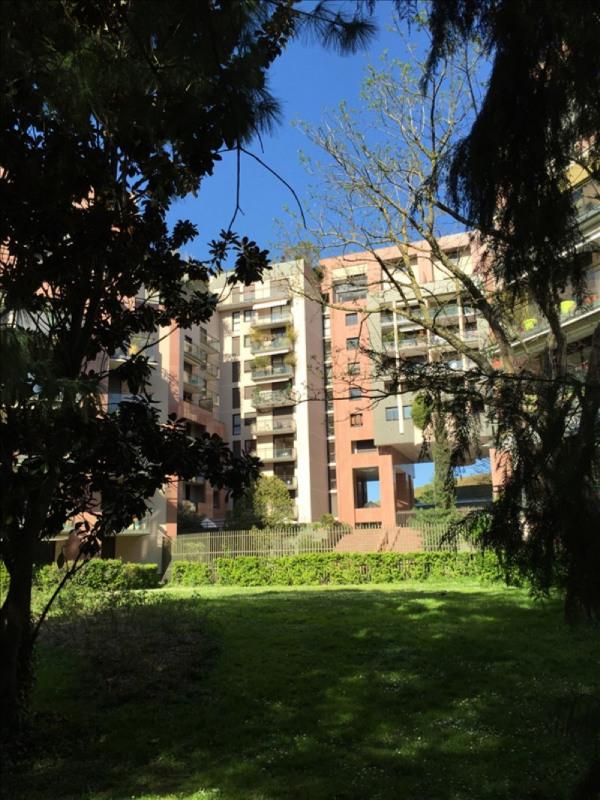Rental apartment Toulouse 916€ CC - Picture 2