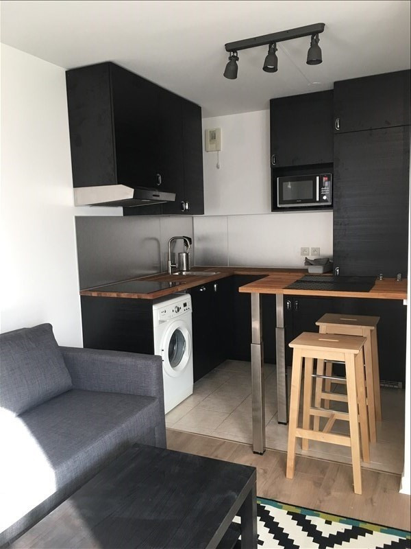 Rental apartment La plaine st denis 980€ CC - Picture 1
