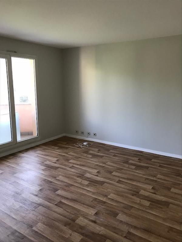 Rental apartment Longjumeau 750€ CC - Picture 2
