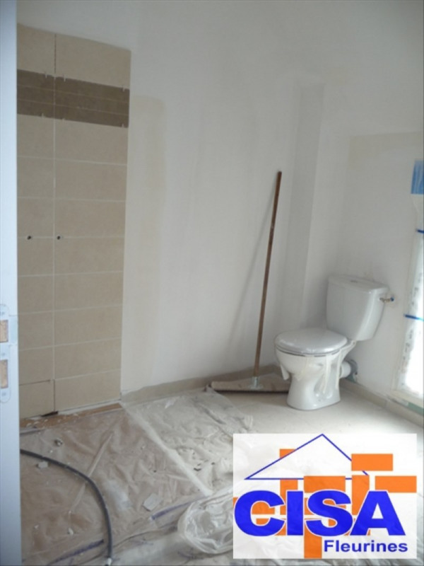 Location maison / villa Sacy le petit 890€ CC - Photo 10