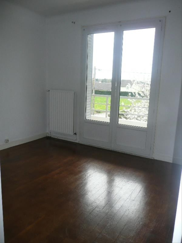 Rental apartment Lere 600€ CC - Picture 6
