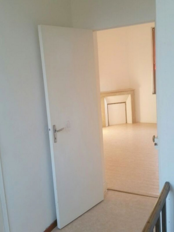 Location maison / villa Montescourt lizerolles 440€ CC - Photo 4