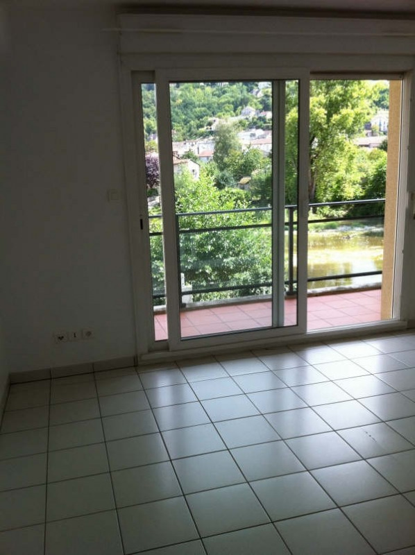 Location appartement Villefranche de rouergue 540€ CC - Photo 2