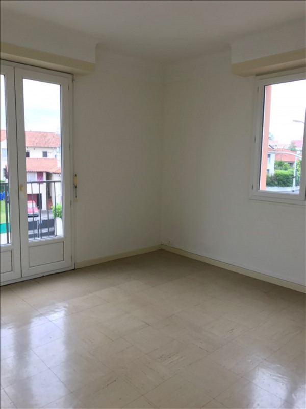 Rental apartment Pau 520€ CC - Picture 2
