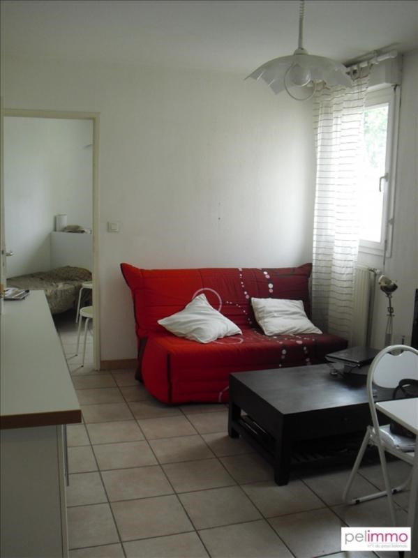Rental apartment Salon de provence 550€ CC - Picture 2