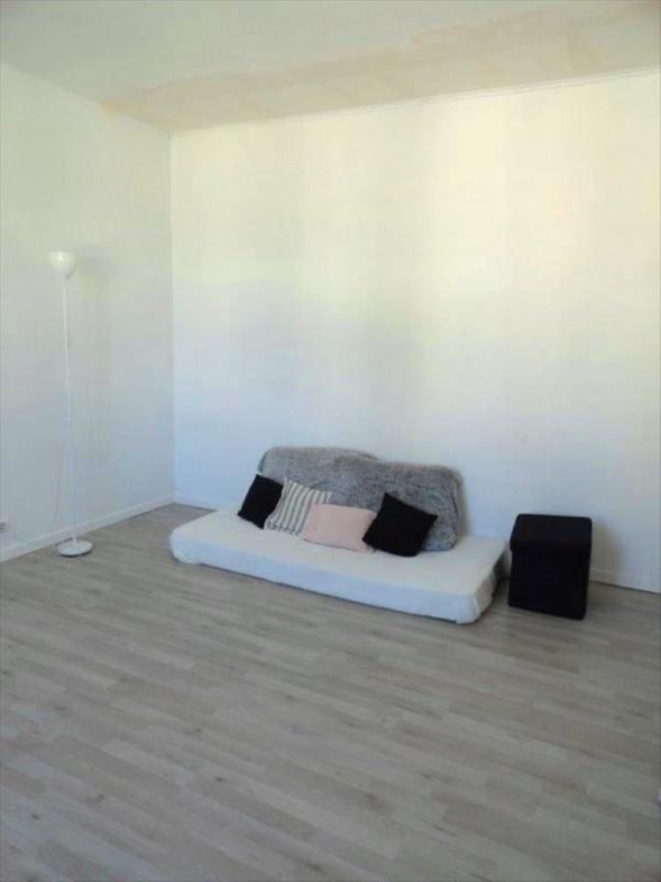 Sale house / villa Feucherolles 265000€ - Picture 4