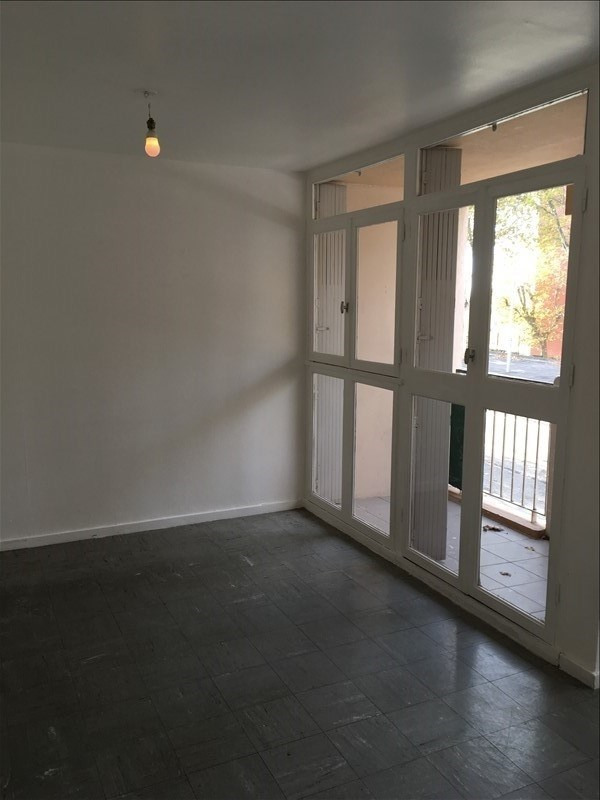 Location appartement Salon de provence 685€ CC - Photo 2