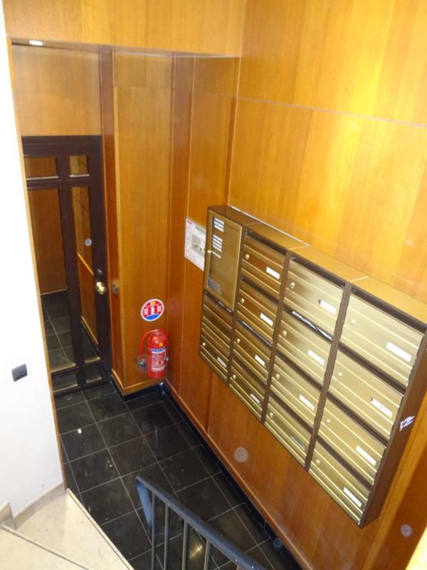 Location appartement Paris 6ème 1550€ CC - Photo 11