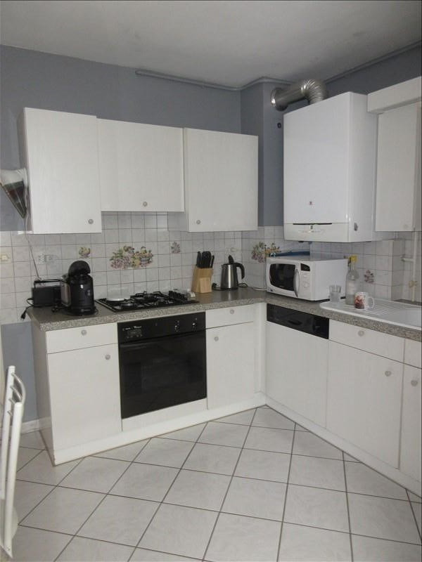 Sale apartment Voiron 119000€ - Picture 2