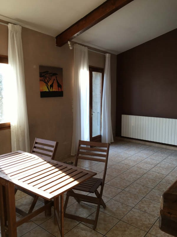 Rental house / villa Saint romain en gal 687€ +CH - Picture 5