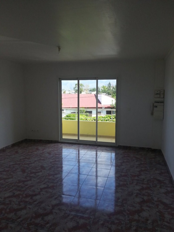 Rental apartment Le tampon 595€ +CH - Picture 2