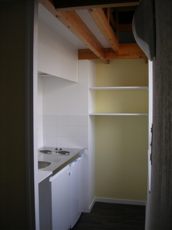 Rental apartment La roche sur yon 389€ CC - Picture 2